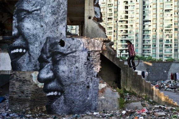 Inside Out Project, JR, fotos em favelas (1)