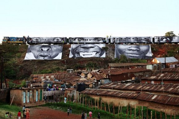 Inside Out Project, JR, fotos em favelas (11)